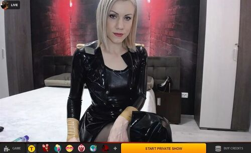 Pay for a fetish private cam show with a gift card at LiveJasmin.com